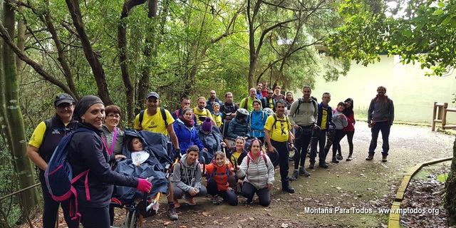 Foto de grupo Salida con el C.E.E. Ines Fuentes