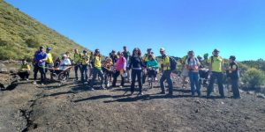 Foto de grupo de los participantes en la ruta de los Almendros en flor 2019